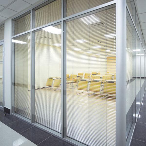 Cortina de interior Veneciana de Aluminio SAXUN
